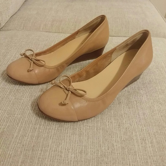 f30b3ffb52c9 cole haan Shoes - Cole Haan Air Tali lace wedge shoes.Style D41257.